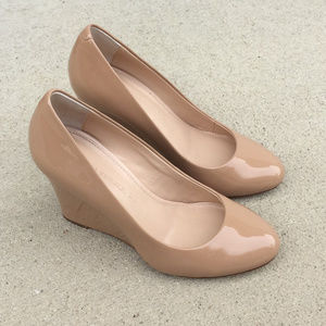 Banana Republic Nude Shoes Hills size 5.5